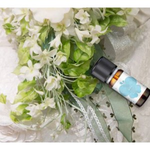Water <em>Soluble</em> Jasmine Essential Oil, 100% pure and natural Jasmine oil for aromatherapy/spa/diffuser